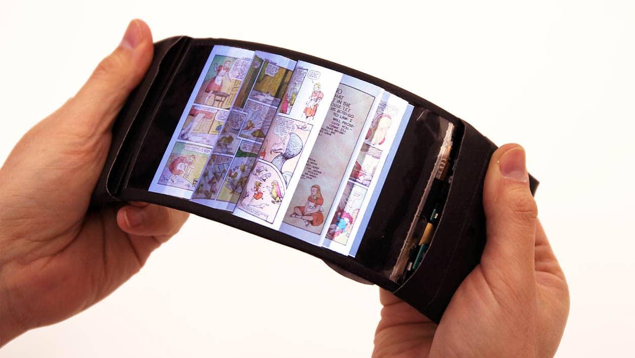 Lecture sur un téléphone à écran flexible